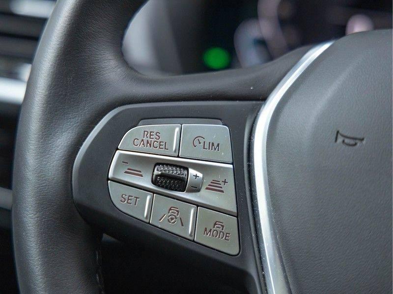 BMW iX3 High Executive - Trekhaak - Direct Beschikbaar! afbeelding 24