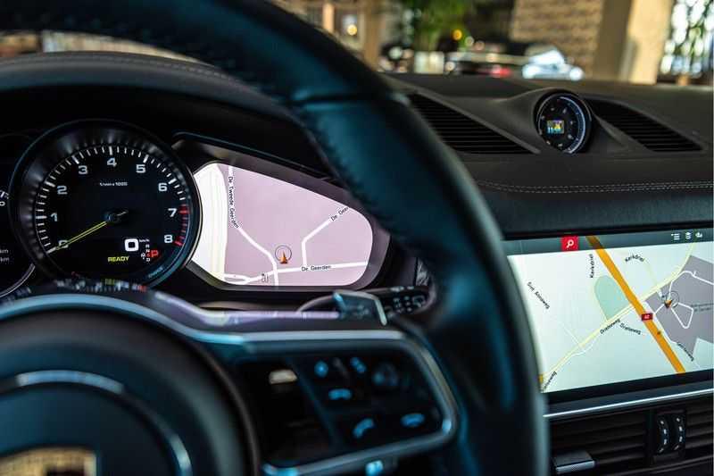 Porsche Cayenne E-Hybrid | Sport-Chrono | Panorama | BOSE | PASM | Adaptieve Sportstoelen afbeelding 13