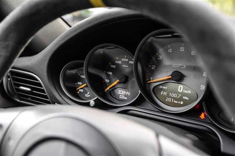 Porsche 911 GT3 RS CARBON SCHAALSTOELEN+ROLKOOI afbeelding 3