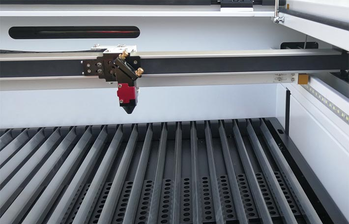 Aeon Mira 9 CO2 laser cutter blade table