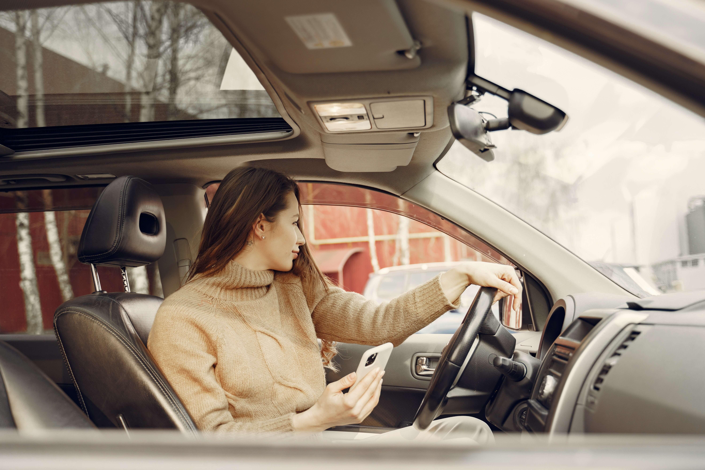 Women on car