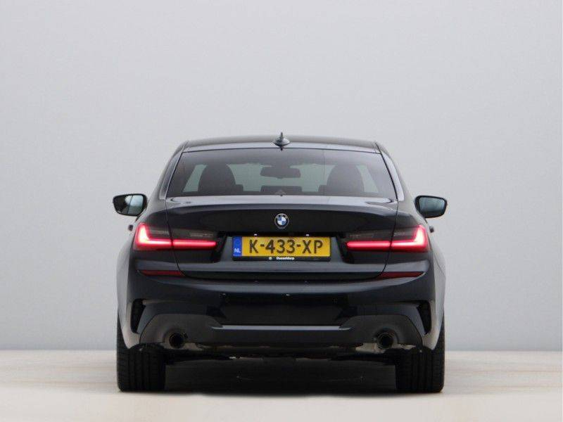 BMW 3 Serie 320e High Exe M-Sport Hybrid afbeelding 10