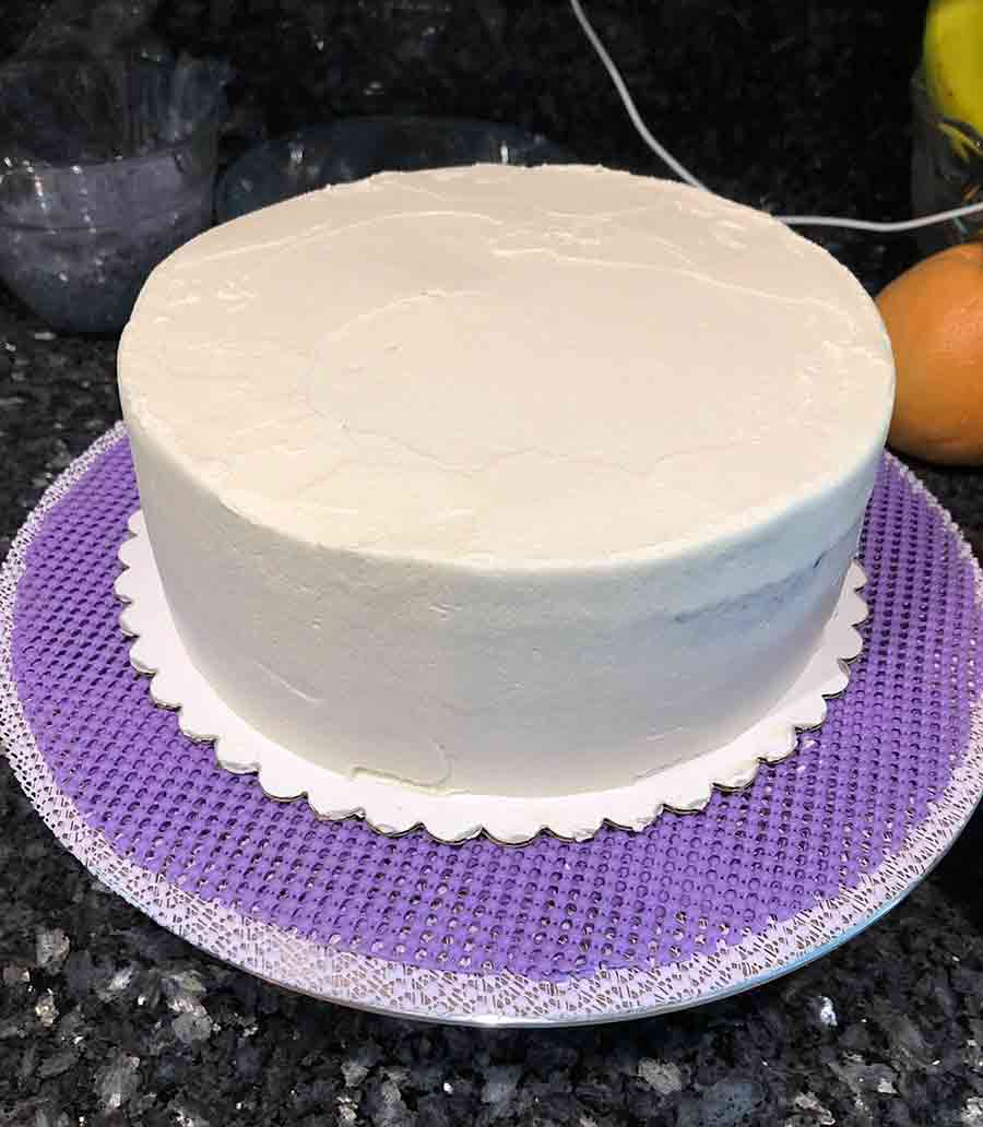 vegan fox cake with white frosting