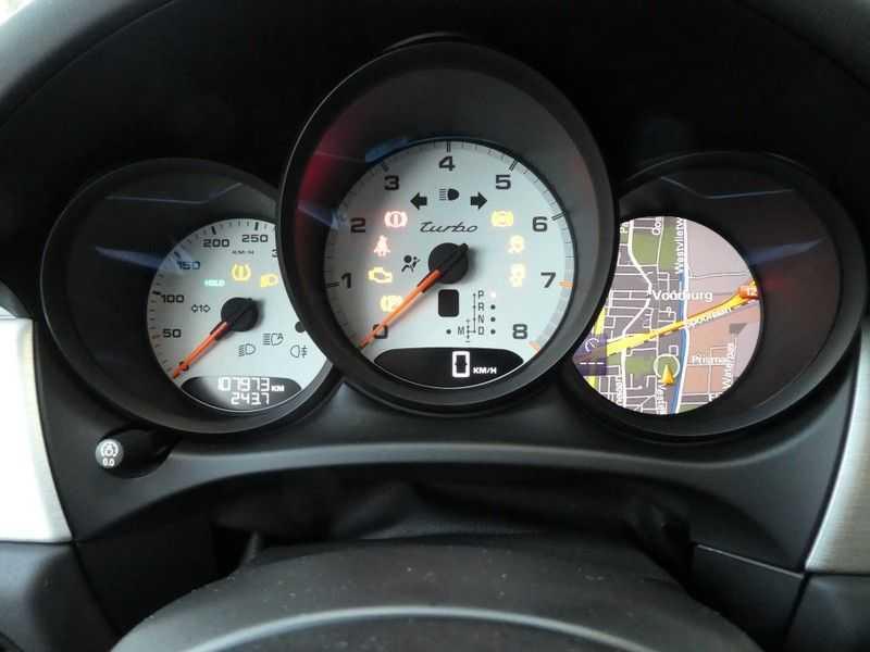 Porsche Macan 3.6 Turbo afbeelding 16