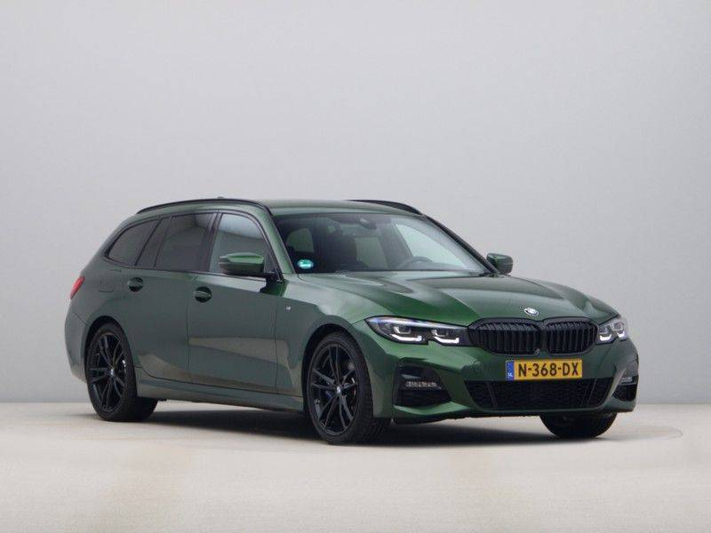 BMW 3 Serie 320i Touring Executive Edition M-sport afbeelding 7