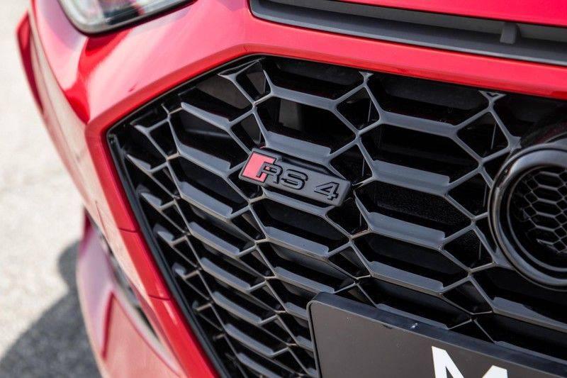 Audi RS4 Avant 2.9 TFSI quattro   450PK   Sportonderstel Plus   Panoramadak   Inleg Carbon   B&O   Sportdifferentieel   Head-up afbeelding 13