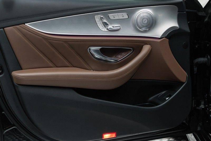 """Mercedes-Benz E-Klasse E63s AMG 4Matic 612pk Panoramadak Distronic Schaalstoelen Burmester ComandOnline Keyless 20"""" Parktronic Pdc VerlengdeGarantie t/m 03/2022 afbeelding 14"""