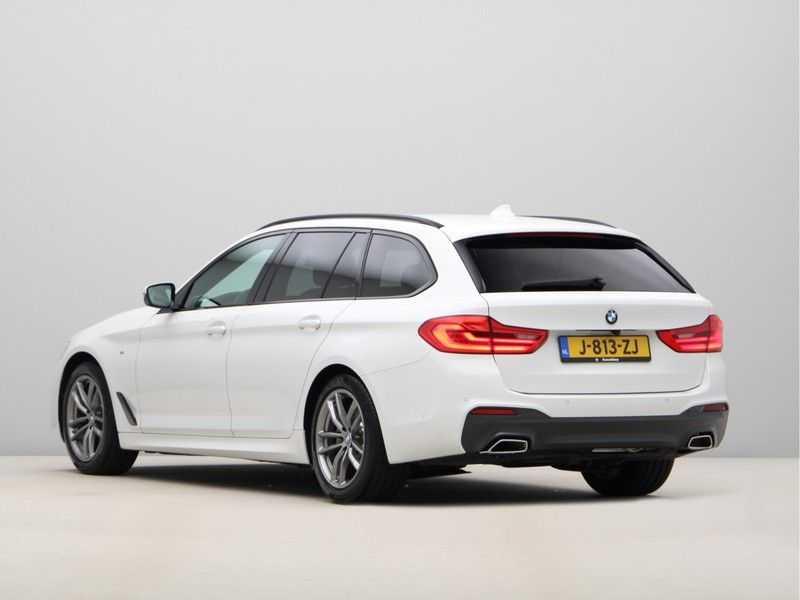 BMW 5 Serie Touring 520d High Executive M-Sport Aut. afbeelding 9