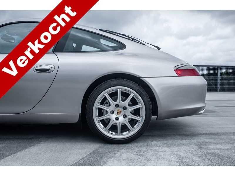 Porsche 911 996 3.6 Coupé Carrera 4 MK2 // handgeschakeld // afbeelding 15