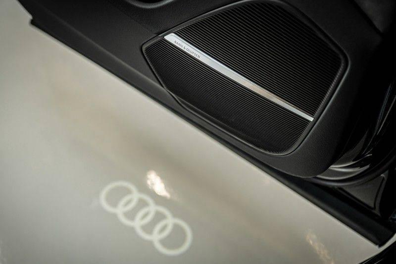 Audi SQ8 4.0 TFSI quattro | Bang & Olufsen | HUD | Leder valcona met ruit | Stoel massage | Alcantara | Nachtzicht | PANO | afbeelding 17