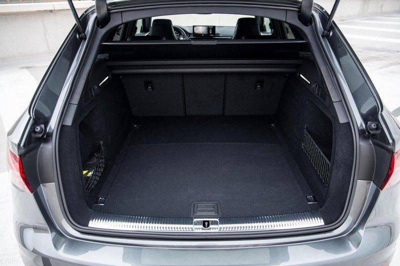 Audi RS4 Avant 2.9 TFSI 450 pk RS 4 quattro   Panoramadak   Assistentiepakket Tour/City   Matrix LED   Bang & Olufsen 3D Sound afbeelding 18