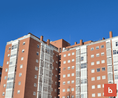 Colocación de toldos y cerramiento de terraza ¿Qué es mejor?