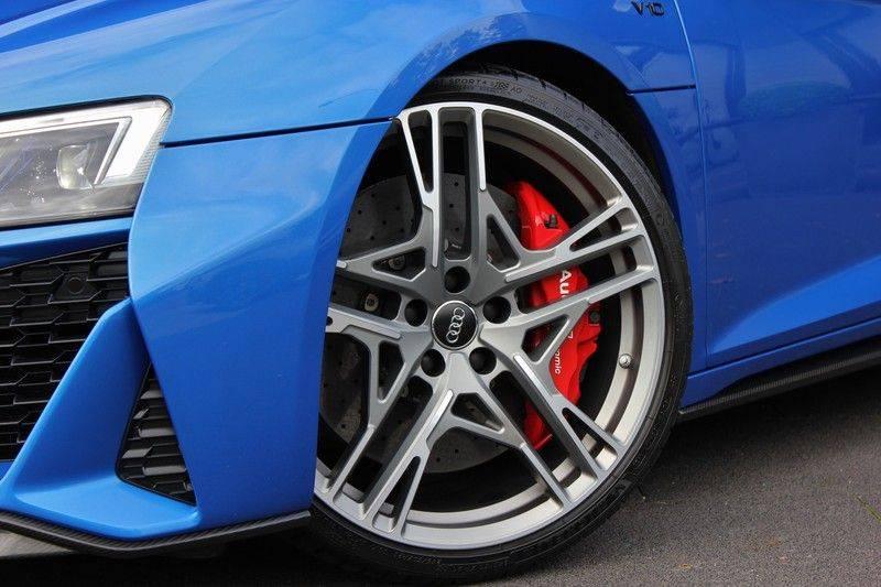 Audi R8 5.2 V10 Performance Quattro 620pk **Keramisch/B&O/Carbon/DAB/Camera** afbeelding 4