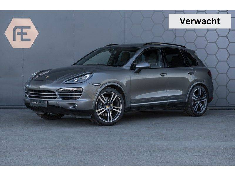 Porsche Cayenne 3.0 D Platinum Edition Org. Ned. + Dealer onderhouden + Sportchrono + Stuur/ Stoel verwarming+ Stoel koeling + Bose afbeelding 1