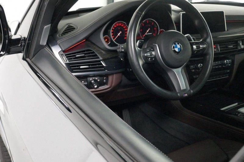 BMW X5 M50d B&O - Panoramadak afbeelding 14