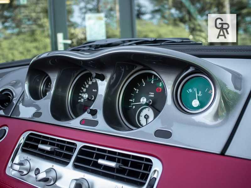 BMW Z8 | Rood leder | Origineel | Concours staat afbeelding 13