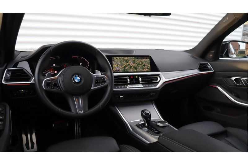 BMW 3 Serie 320i High Executive M Sport, Harman/Kardon, Live Cockpit Professional afbeelding 7