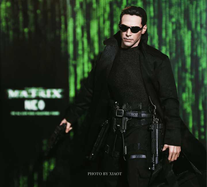 The Matrix Neo 1/6 Scale Figure