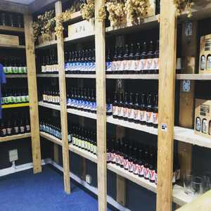 Rustic. Our little shop is now fully re stocked with our bottle-conditioned 500 and 330ml bottles ready for tonight's takeaways and the weekend ahead. #smallbusiness #highwycombe #bucksbusiness