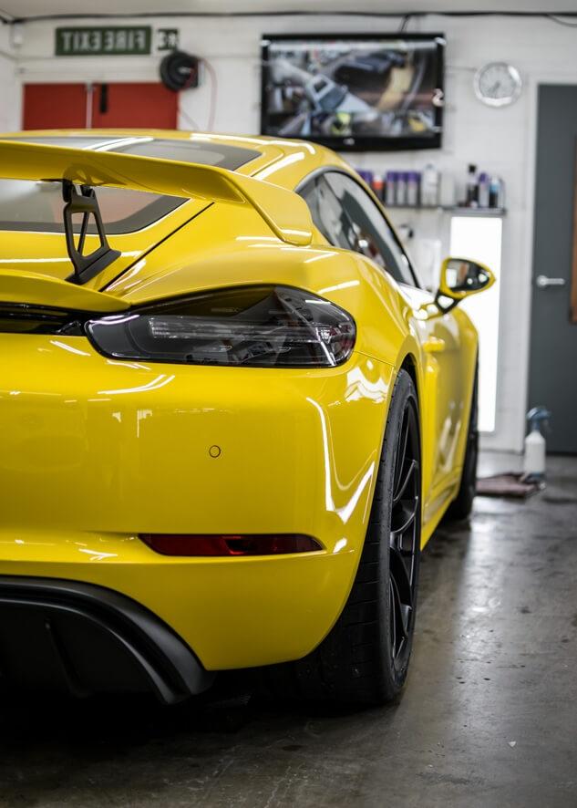 Porsche Cayman image
