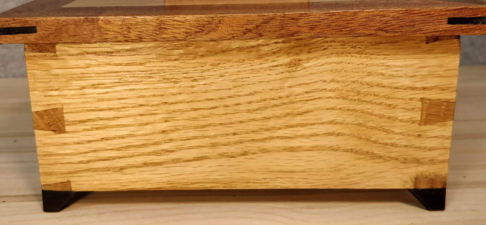 Dovetail Box in Oak