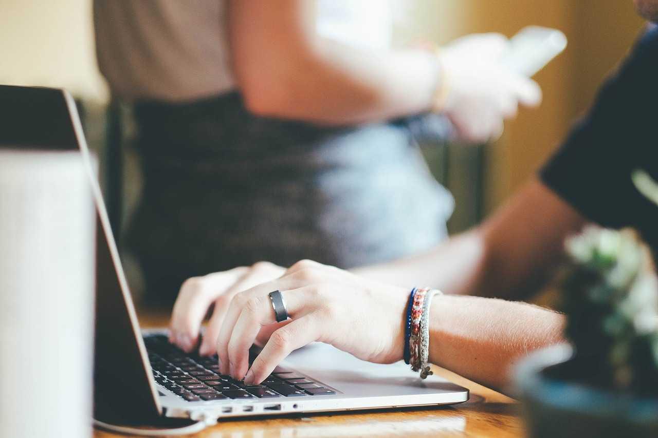 ECL expert comptable en ligne à partir de 49 € / mois