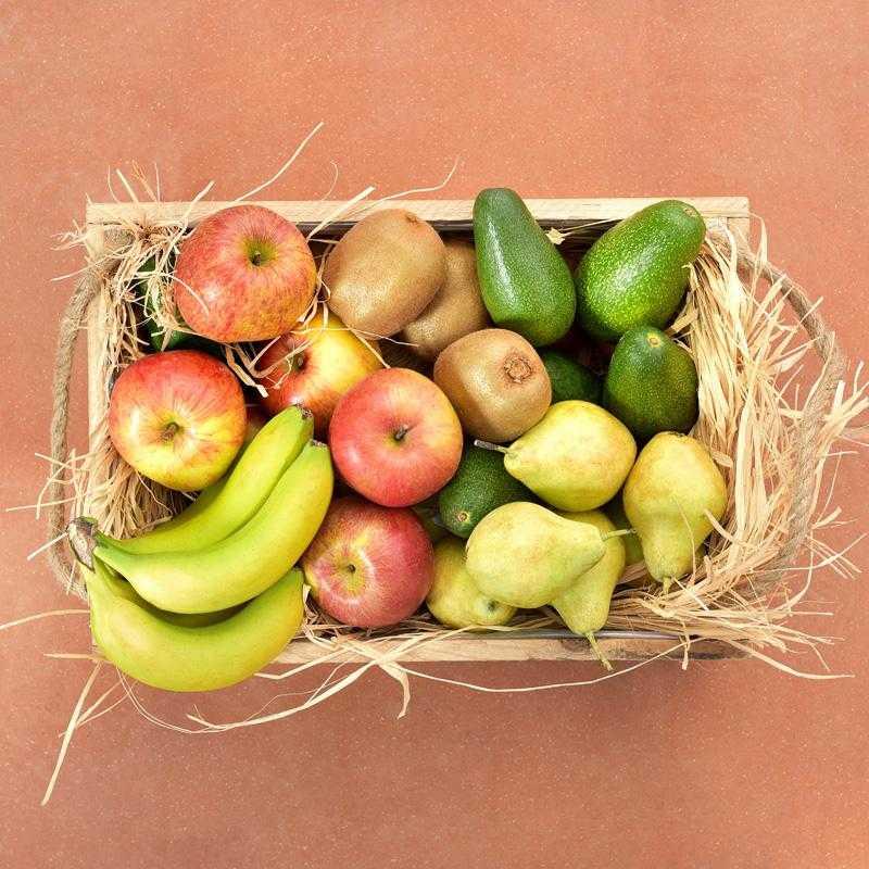 Obstkiste mit 5 Arten frischer griechischer Früchte: 5kg
