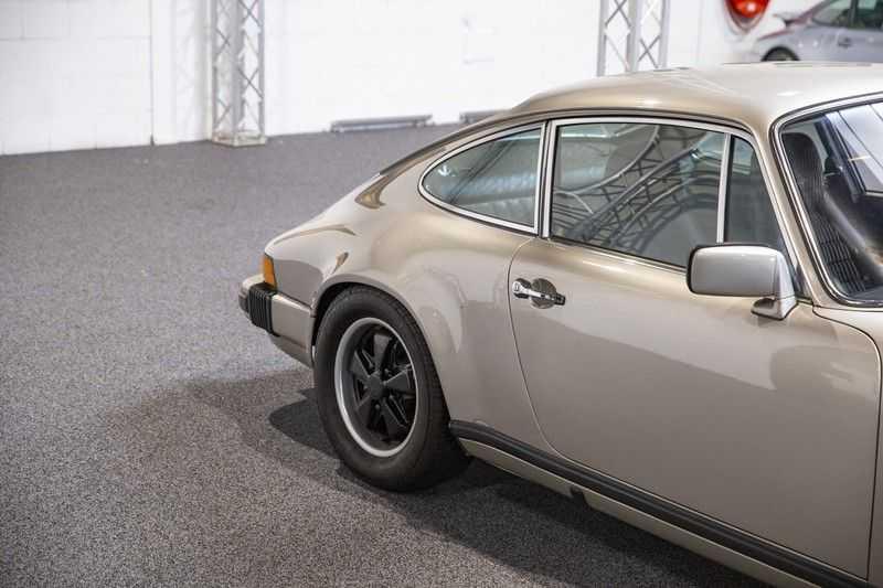 Porsche 911 2.7 S Coupé afbeelding 14