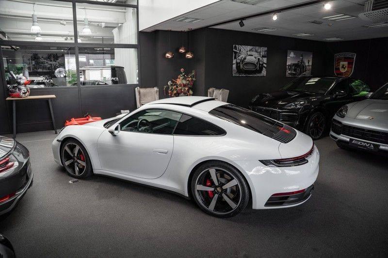 Porsche 911 992 4S Led Matrix Lift Ventilatie PDCC Sport Chrono Alcantara Hemel 3.0 Carrera 4 S afbeelding 5