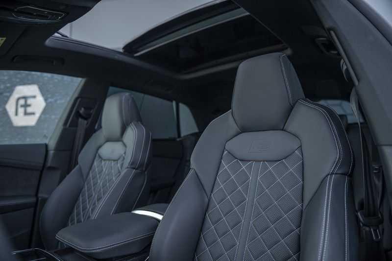 Audi Q8 55 TFSI quattro Pro Line S 3x S-Line! Black pack, 4-wiel-best. / Massage, Verw. & Koelb. stoelen, Bang & Olufsen 3D + Elek.Haak + Ambiente verlichting afbeelding 2
