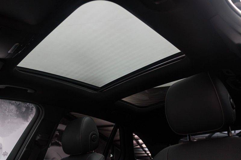 "Mercedes-Benz GLC GLC43 AMG 367pk 4Matic Panoramadak Luchtvering Nightpakket Distronic Keyless Burmester Sportleder+Memory Carbon AmbientLight ComandOnline 21"" Parktronic 360Camera Pdc afbeelding 5"