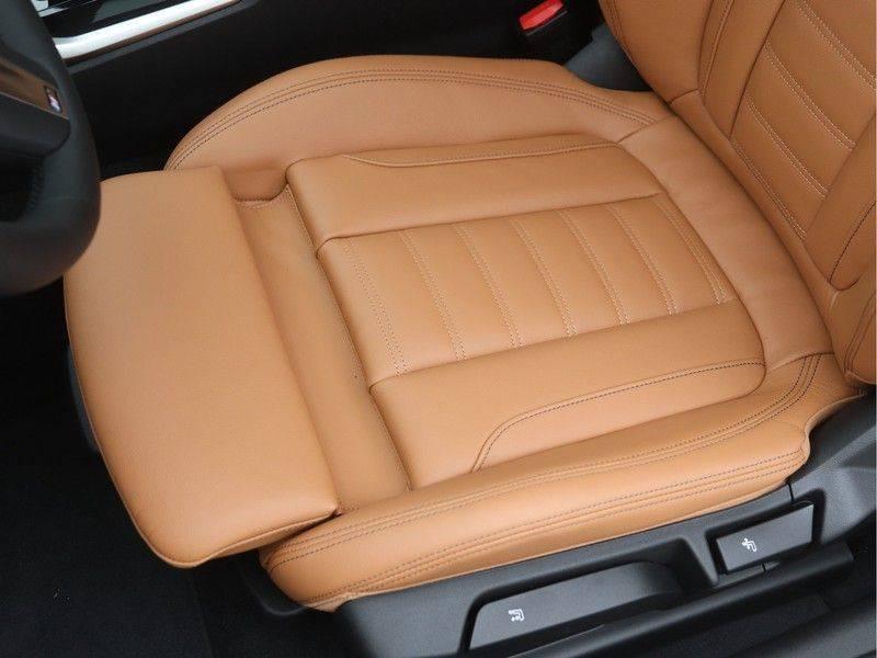 BMW 4 Serie Coupé 420i High Executive M-Sport Automaat afbeelding 15