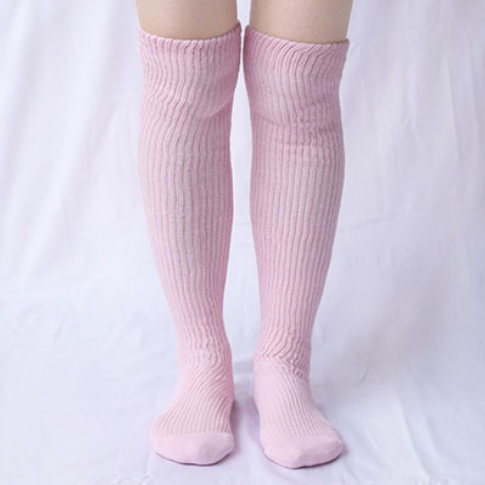 肌側シルクうるおい二重編靴下5