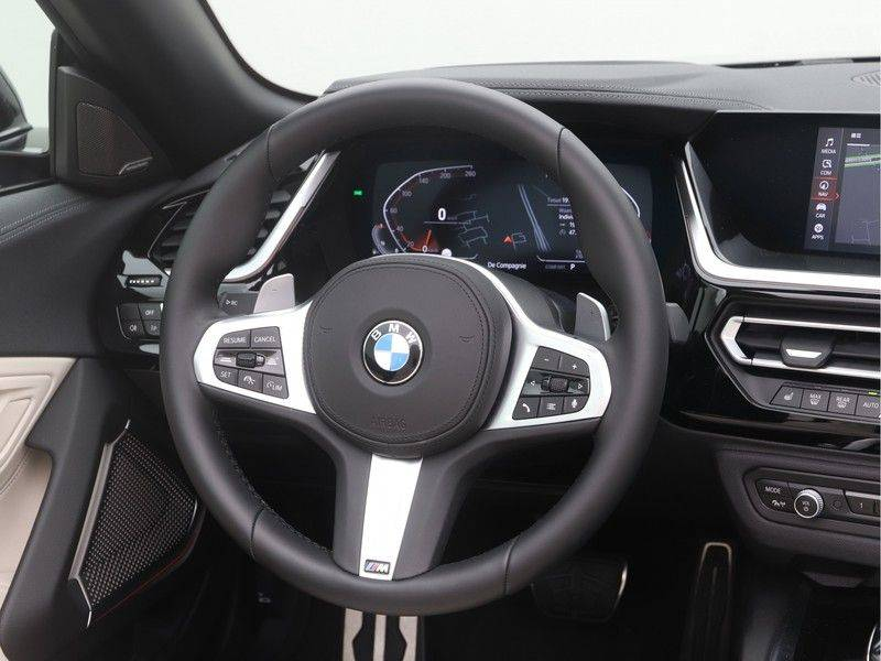 BMW Z4 Roadster sDrive20i High Executive M-Sport Automaat afbeelding 3