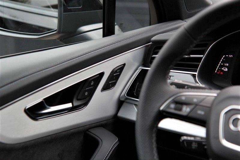 Audi Q7 60 TFSIe Competition PANO.DAK+TOPVIEW+S-STOELEN afbeelding 14
