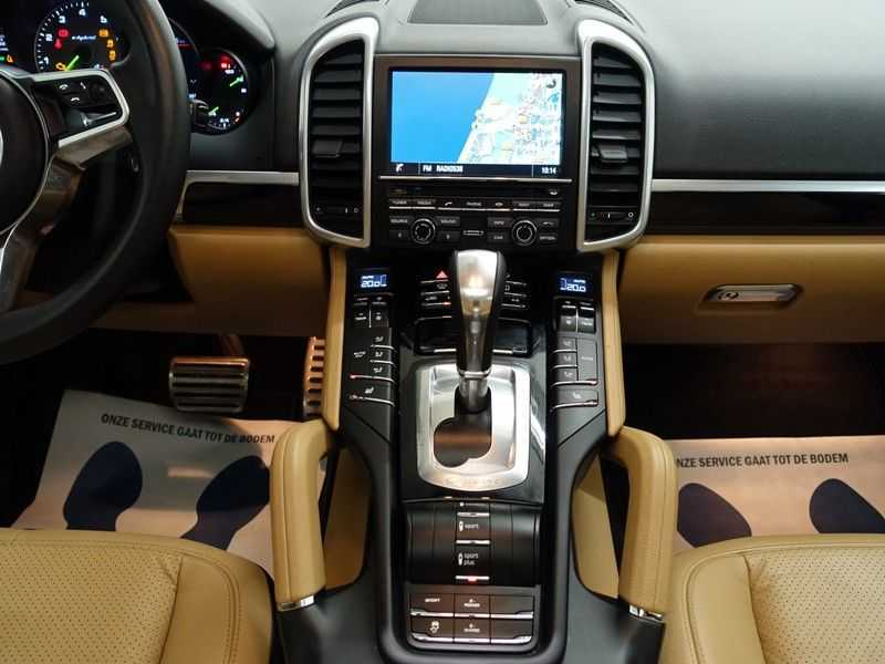 Porsche Cayenne 3.0 S E-Hybrid Sport 334pk Autom Bi Colour Leder, Panodak, Navi, Xenon Led afbeelding 12