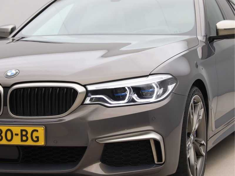 BMW 5 Serie Touring M550d xDrive High Executive Automaat Euro 6 afbeelding 23
