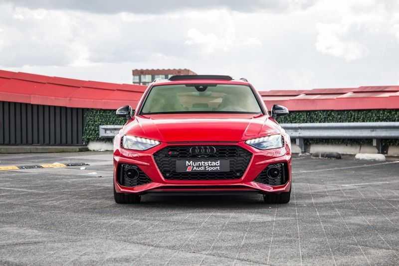 Audi A4 Avant 2.9 TFSI RS4 quattro | 450PK | Sportonderstel Plus | Panoramadak | Inleg Carbon | B&O | Sportdifferentieel | Head-up afbeelding 3