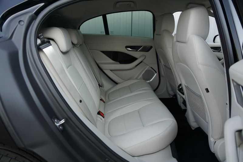Jaguar I-PACE EV400 First Edition NIEUW uit voorraad leverbaar! / Direct rijden / Full options! afbeelding 6