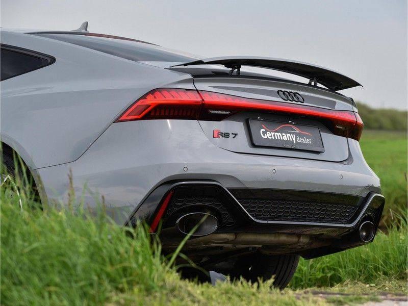 Audi RS7 Sportback 4.0TFSI 600pk Quattro Black Optic Laser-Led Softclose Head-Up Leder-dash RS-Zetels 22-Inch 360Camera afbeelding 13