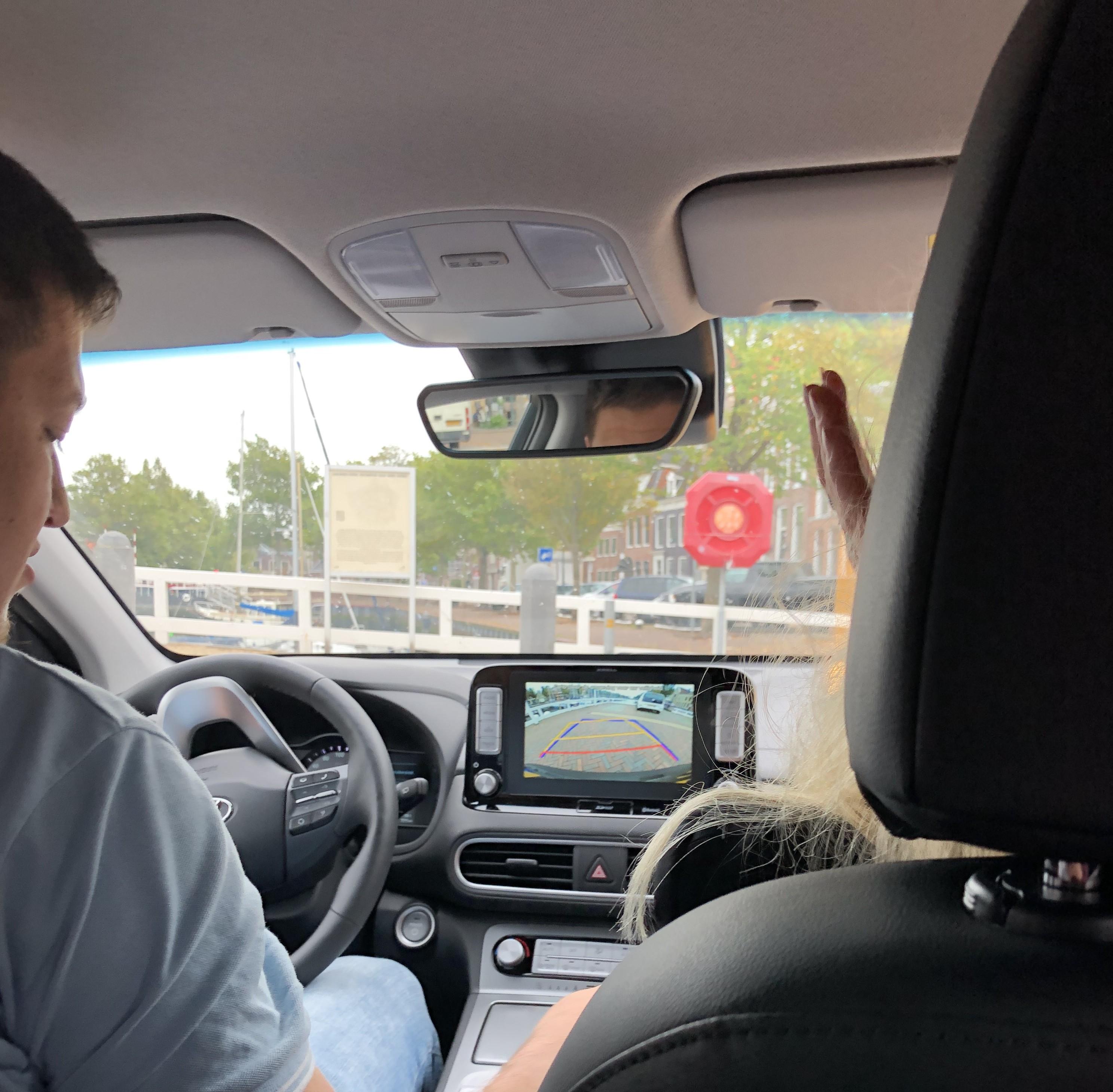 Gemeente Harlingen Rijdt In Elektrische Deelauto