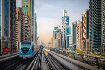Dubai, Smart Buildings, Train, smart transportation,