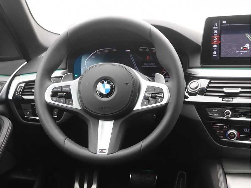 BMW 5 Serie Sedan 530i High Executive M-Sport Automaat afbeelding 11
