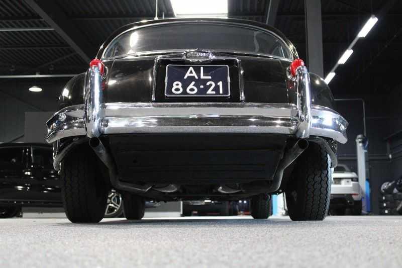 Jaguar XK 150 Coupe FHC XK 150 afbeelding 17
