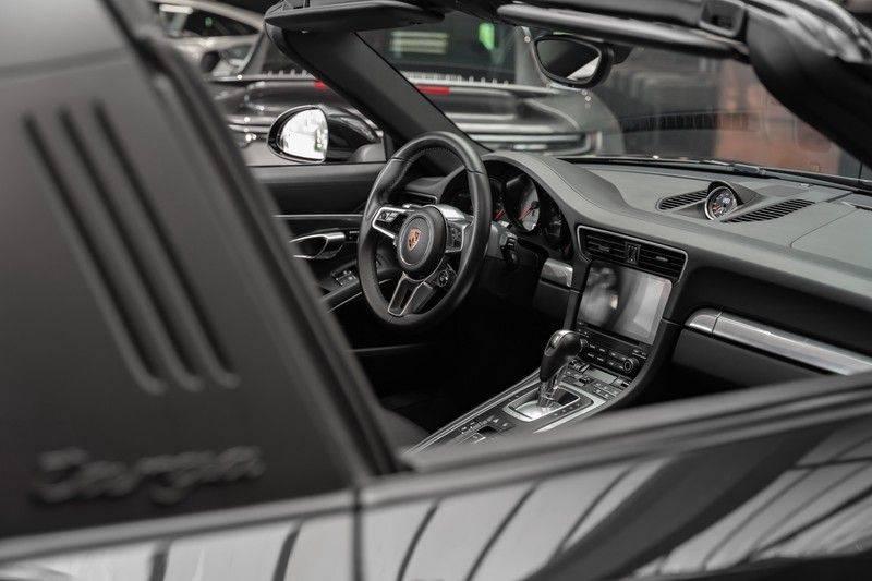 Porsche 911 3.0 Targa 4S Bose Stoelventilatie Sportuitlaat Sportchrono afbeelding 12