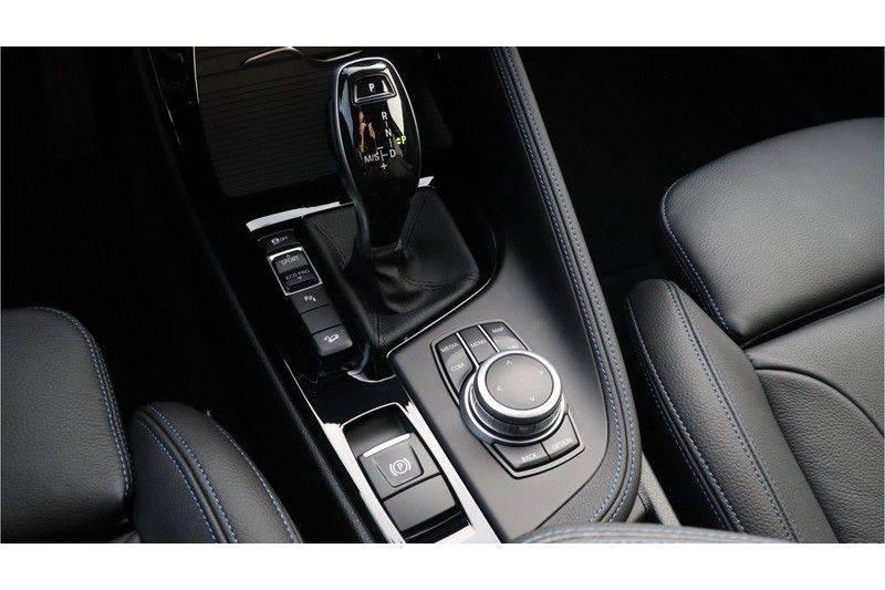BMW X1 xDrive20i High Executive M Sport Panoramadak, Head Up Display, Trekhaak afbeelding 15