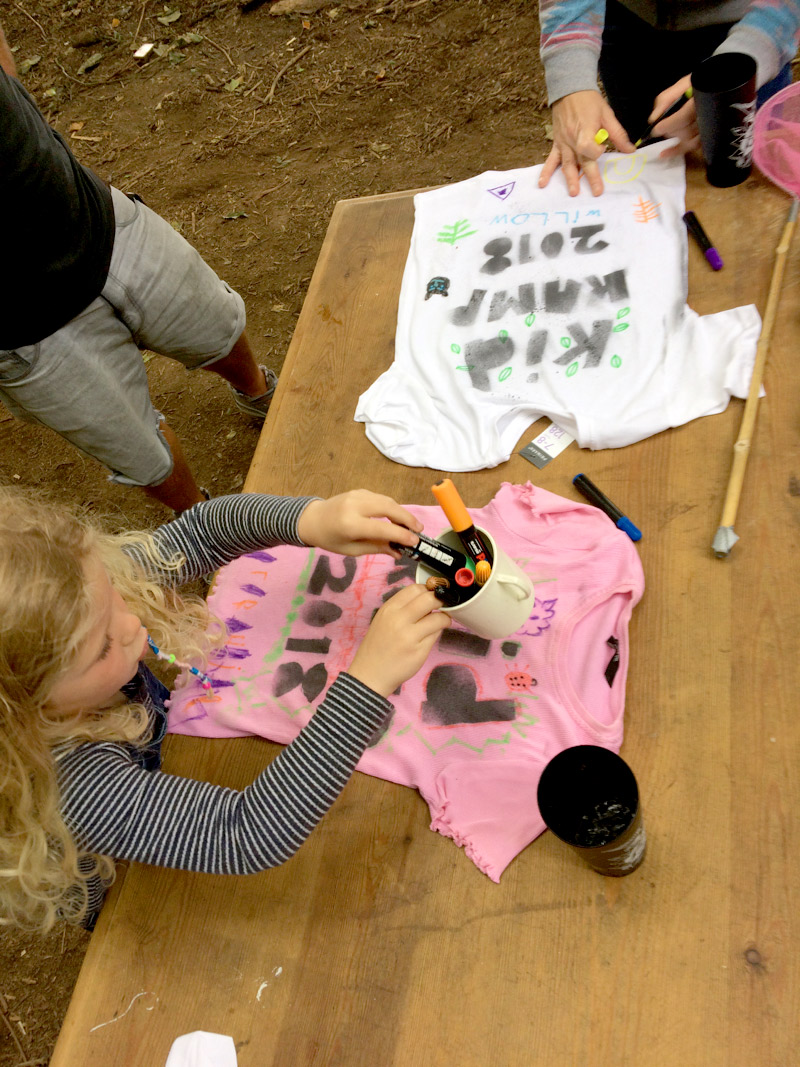 kid-kamp-graffiti-t-shirt-workshop-3