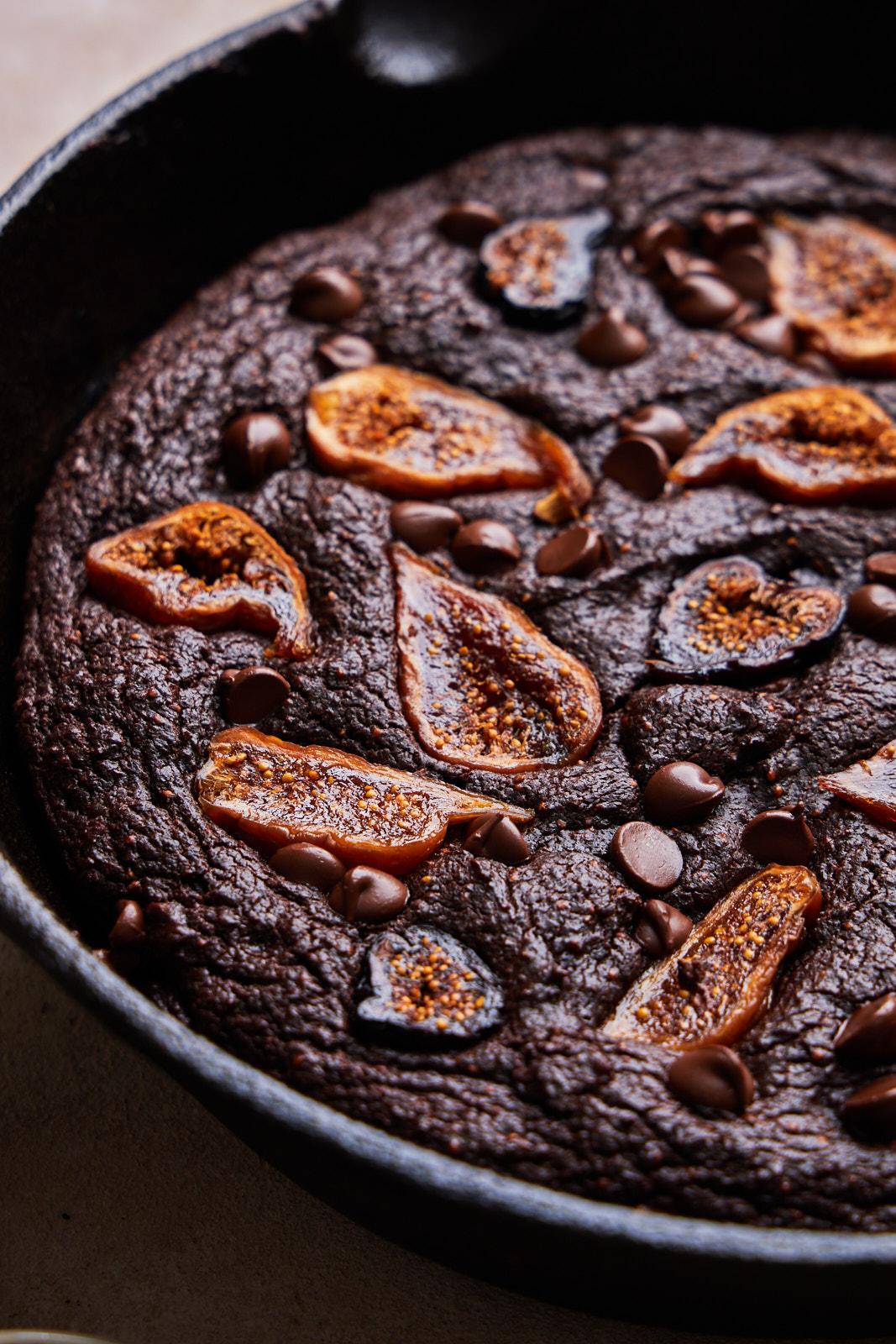 Chocolate Fig skillet brownies