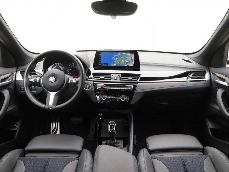 BMW X1 xDrive20i M Sport High Executive afbeelding 13