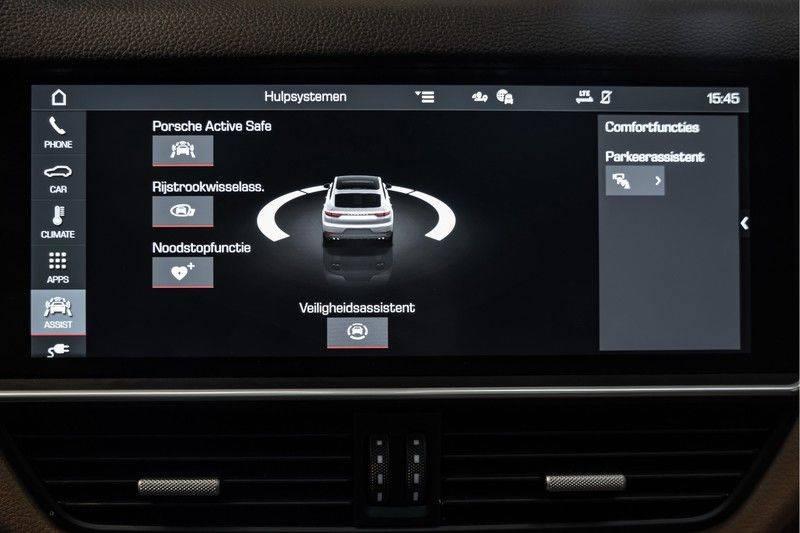 Porsche Cayenne Coupé Hybrid 22 Turbo Luchtvering Surround Camera ACC 3.0 E-Hybrid afbeelding 22